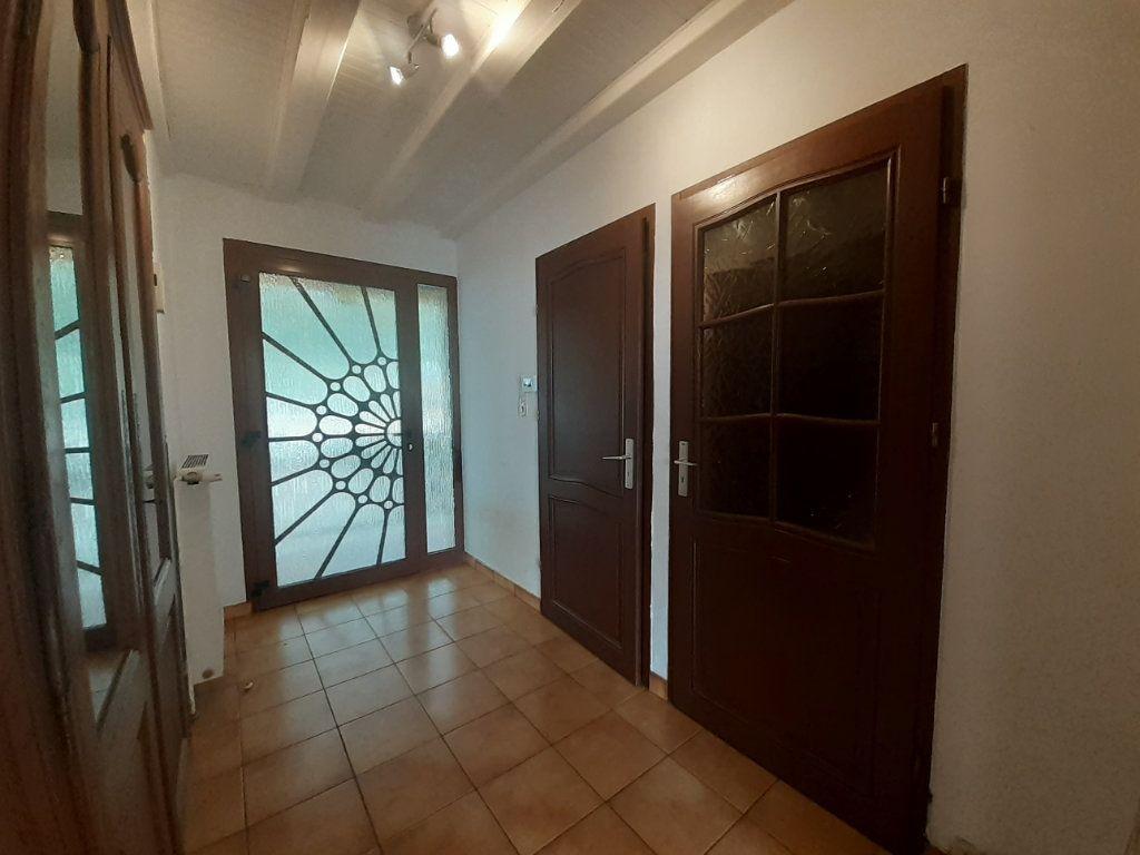 Maison à louer 7 208.47m2 à Laître-sous-Amance vignette-2