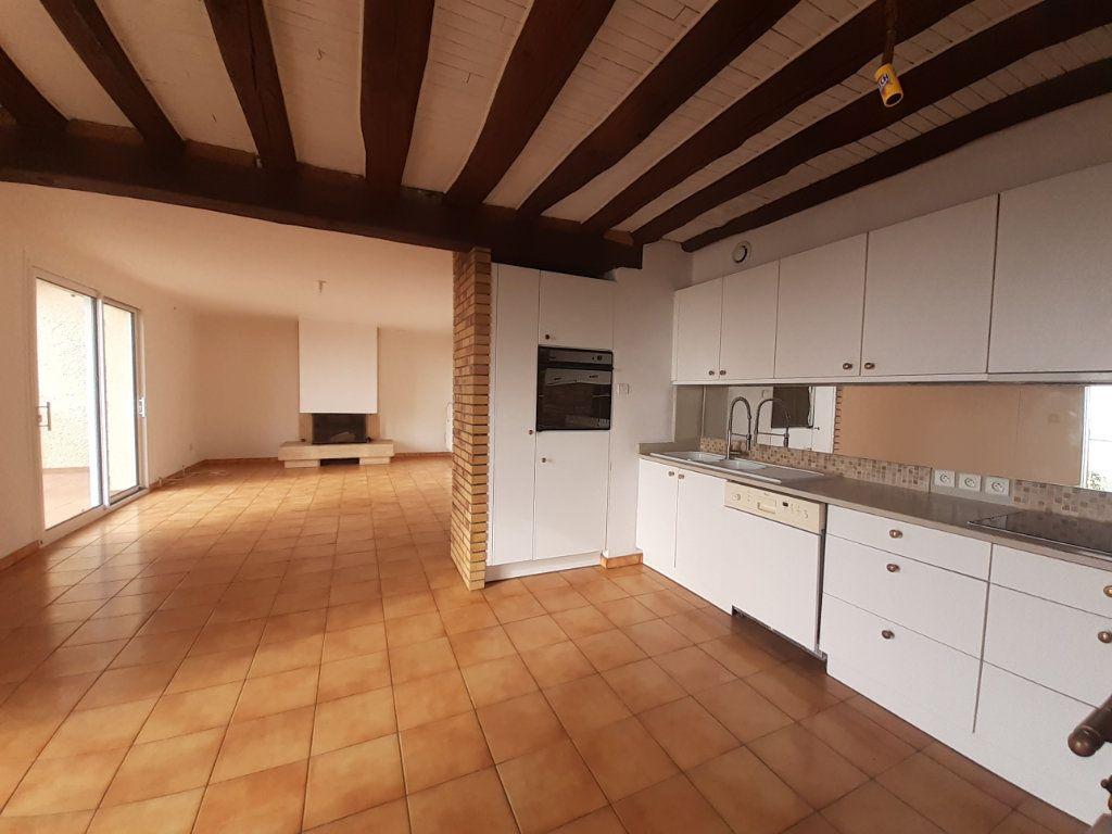Maison à louer 7 208.47m2 à Laître-sous-Amance vignette-6