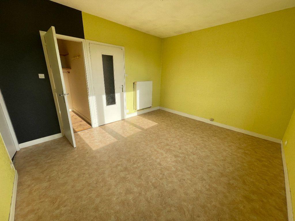 Maison à louer 7 141.04m2 à Art-sur-Meurthe vignette-4