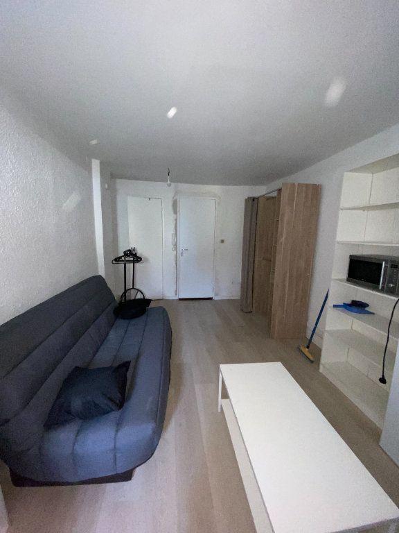 Appartement à louer 1 23.34m2 à Montpellier vignette-1