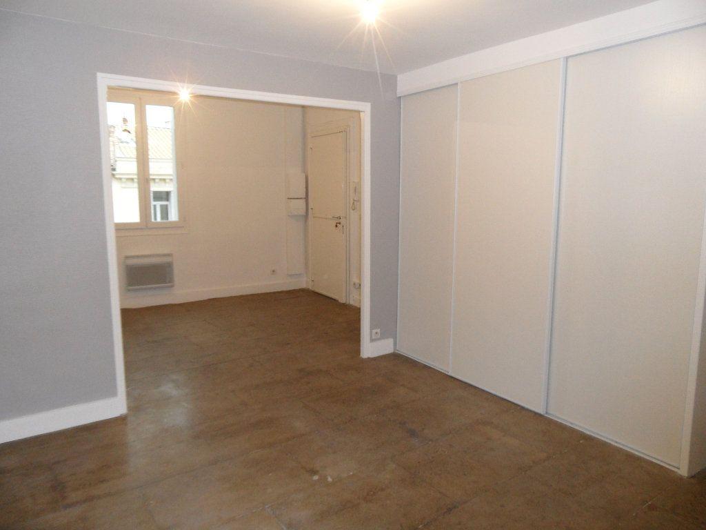 Appartement à louer 1 38.54m2 à Montpellier vignette-2
