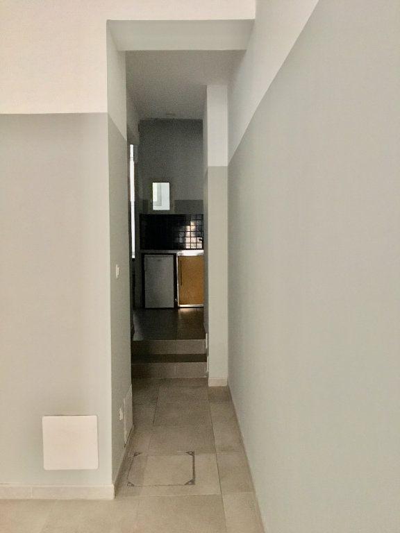 Appartement à louer 1 31.19m2 à Montpellier vignette-2