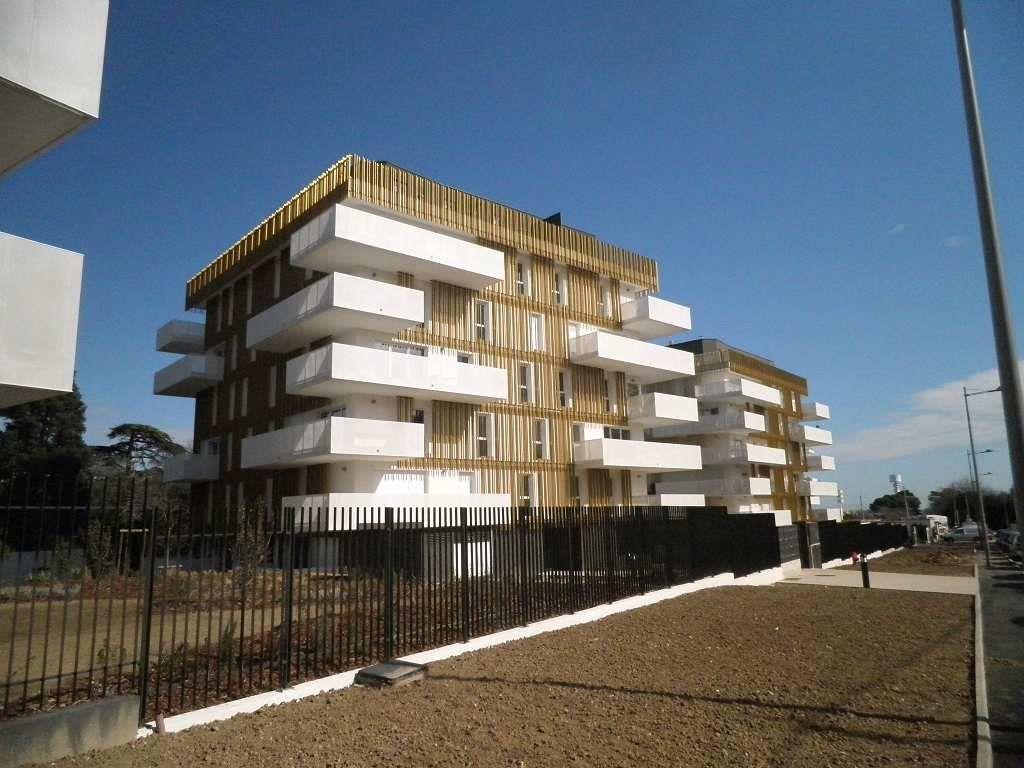 Appartement à louer 3 63.5m2 à Montpellier vignette-1