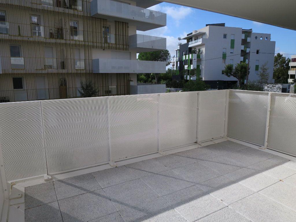 Appartement à louer 3 63.5m2 à Montpellier vignette-6