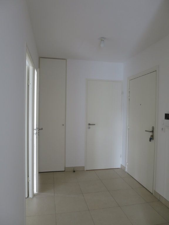 Appartement à louer 3 63.5m2 à Montpellier vignette-8