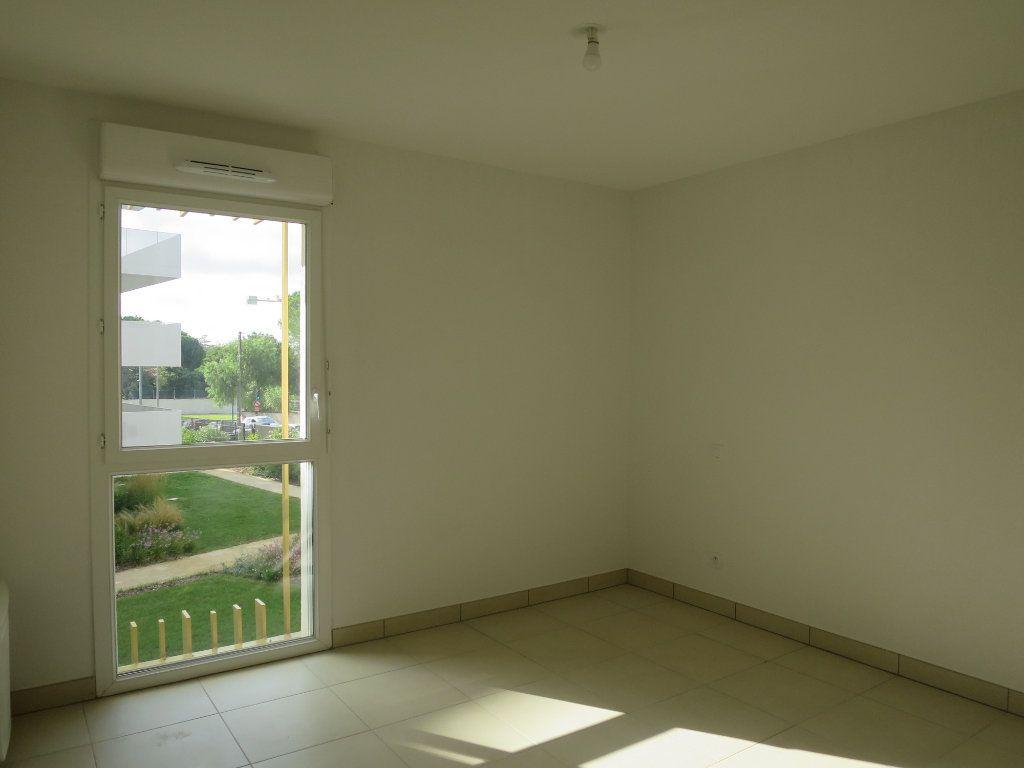 Appartement à louer 3 63.5m2 à Montpellier vignette-9