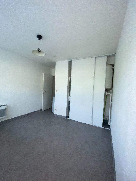 Appartement à louer 1 18.14m2 à Montpellier vignette-2