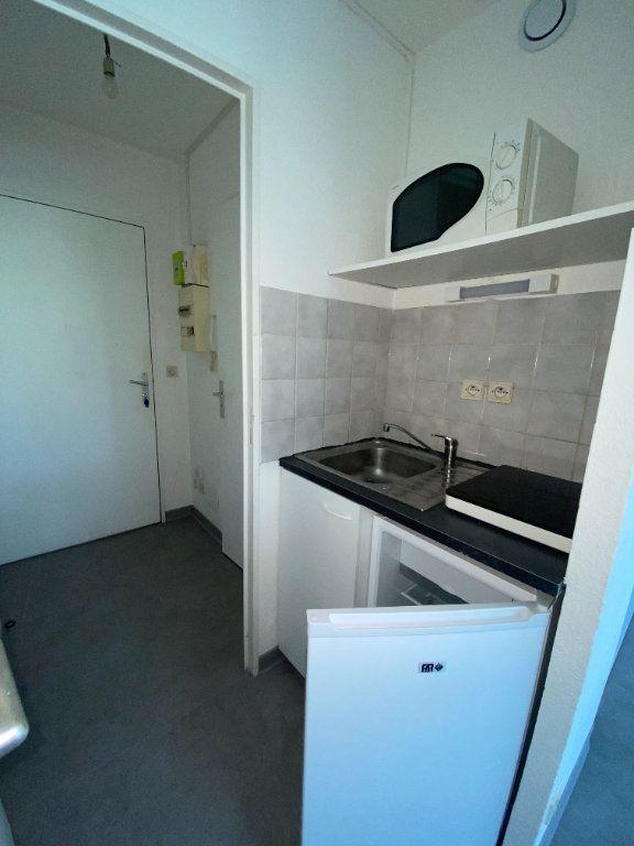Appartement à louer 1 18.14m2 à Montpellier vignette-4