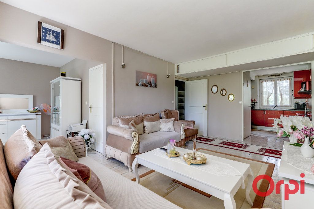 Appartement à vendre 4 70m2 à Clichy-sous-Bois vignette-1
