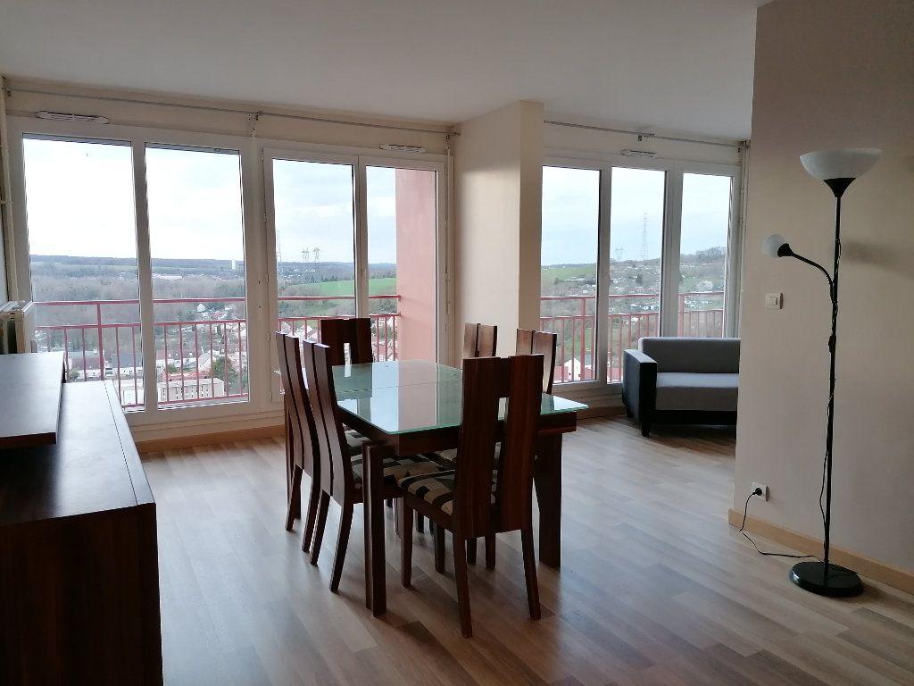 Appartement à louer 3 78.14m2 à Montataire vignette-1