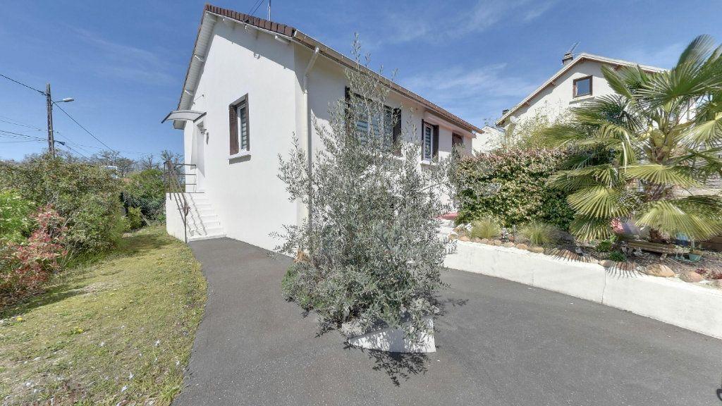 Maison à vendre 4 65m2 à Lamorlaye vignette-1