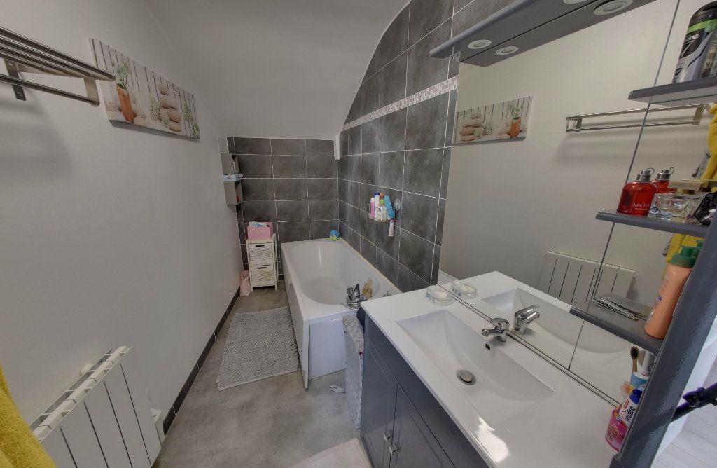 Appartement à vendre 4 64.09m2 à Luzarches vignette-7