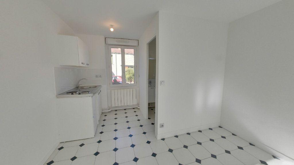 Appartement à louer 1 20.91m2 à Saint-Prix vignette-1