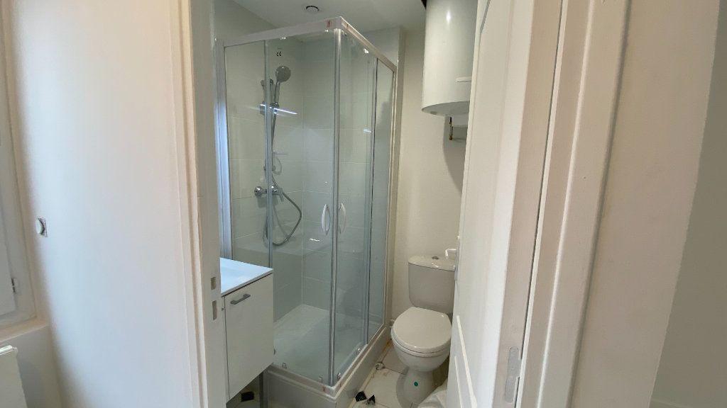 Appartement à louer 1 20.91m2 à Saint-Prix vignette-2