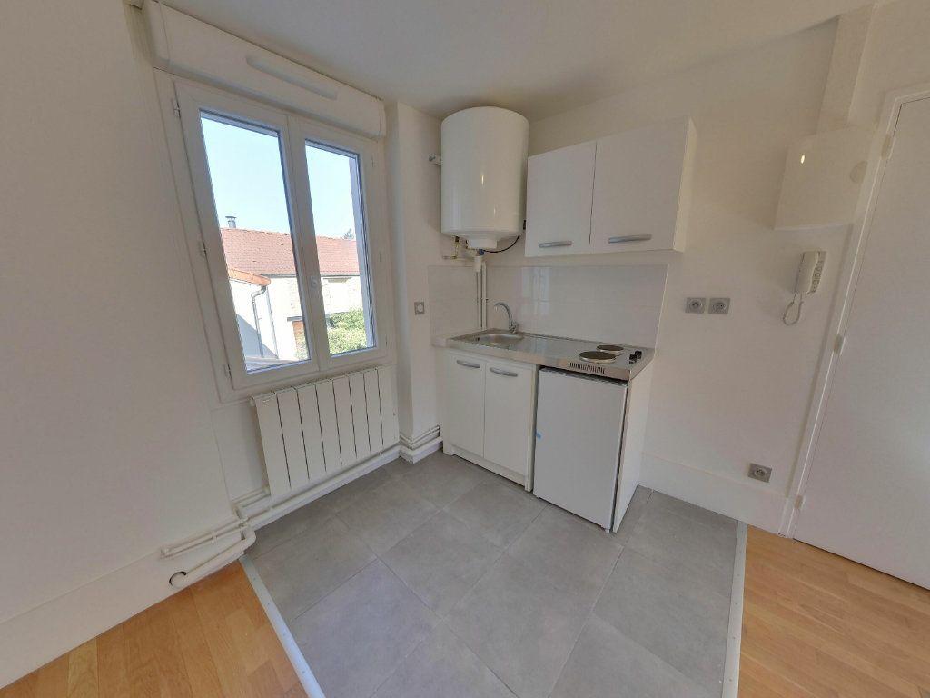 Appartement à louer 1 25.71m2 à Saint-Prix vignette-2