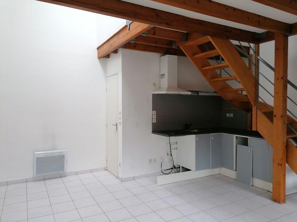 Appartement à louer 2 34.29m2 à Saint-Prix vignette-2