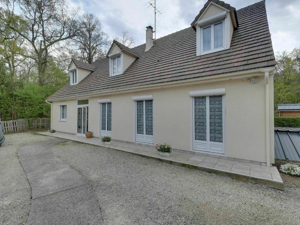 Maison à vendre 8 180m2 à Orry-la-Ville vignette-1