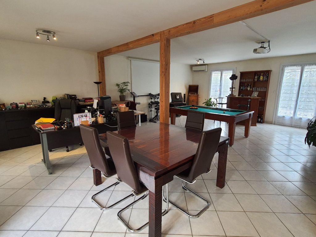Maison à vendre 8 180m2 à Orry-la-Ville vignette-2