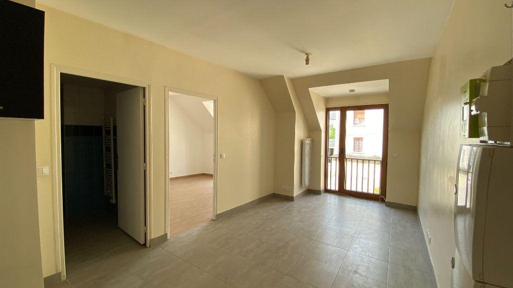 Appartement à louer 2 38.29m2 à Fosses vignette-2