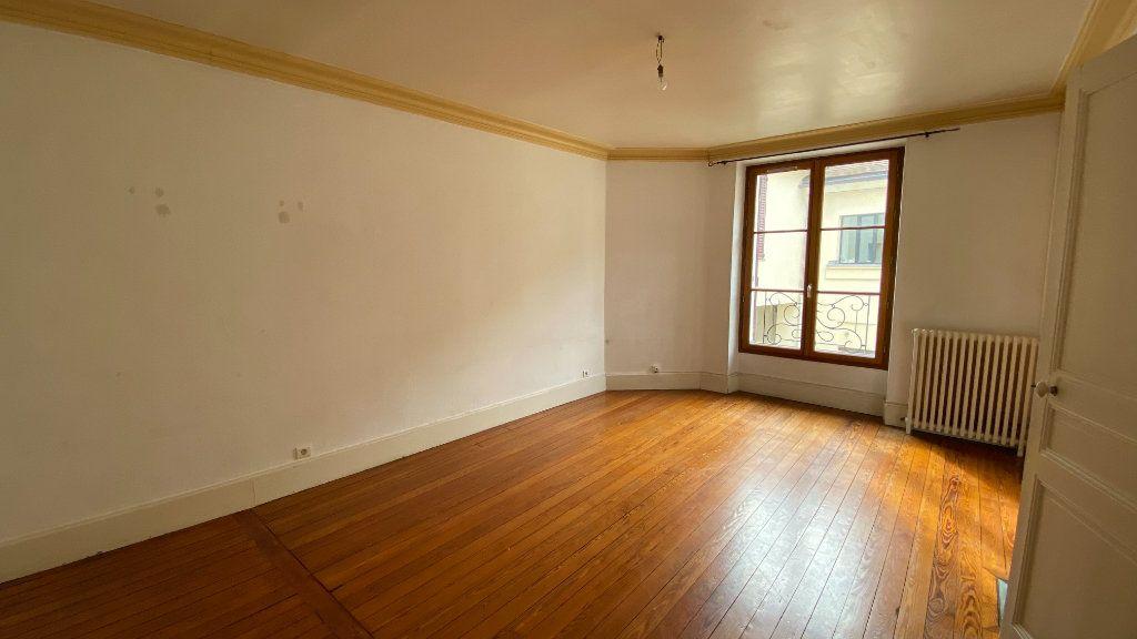 Appartement à louer 3 80.31m2 à Écouen vignette-3