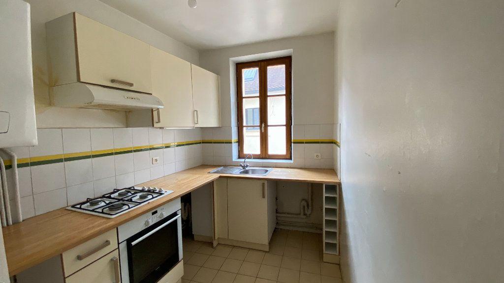 Appartement à louer 3 80.31m2 à Écouen vignette-6