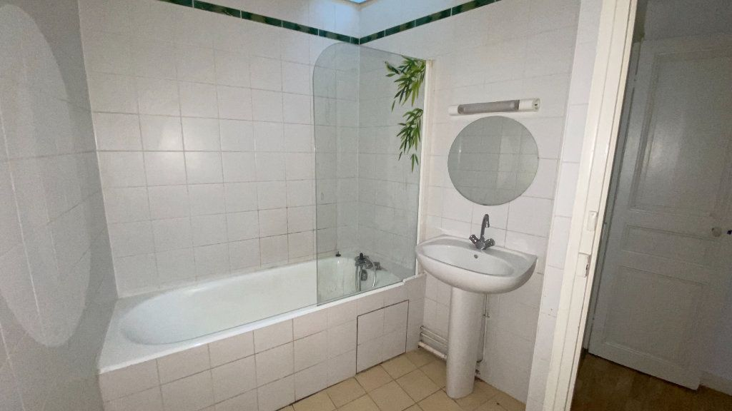 Appartement à louer 3 80.31m2 à Écouen vignette-8