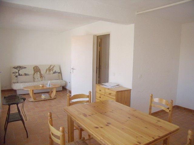 Appartement à louer 1 31.5m2 à Sainte-Maxime vignette-1