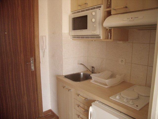 Appartement à louer 1 31.5m2 à Sainte-Maxime vignette-6