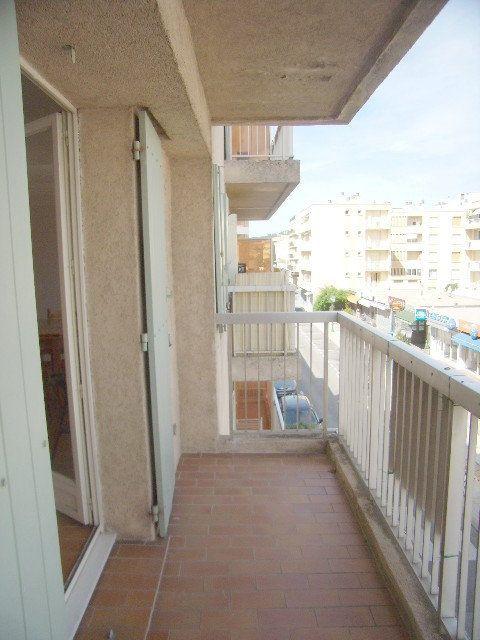 Appartement à louer 1 31.5m2 à Sainte-Maxime vignette-7