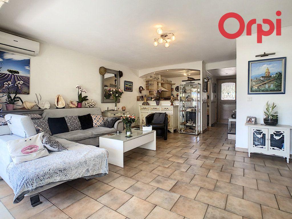 Maison à vendre 4 93m2 à Le Plan-de-la-Tour vignette-1