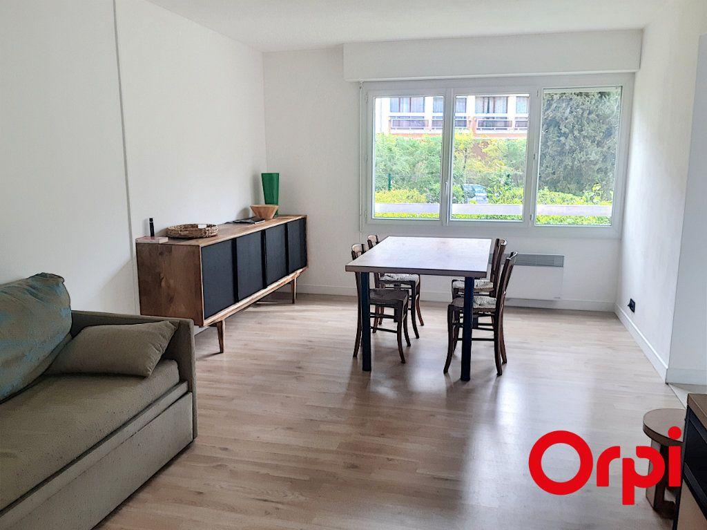 Appartement à vendre 3 53.28m2 à Sainte-Maxime vignette-2