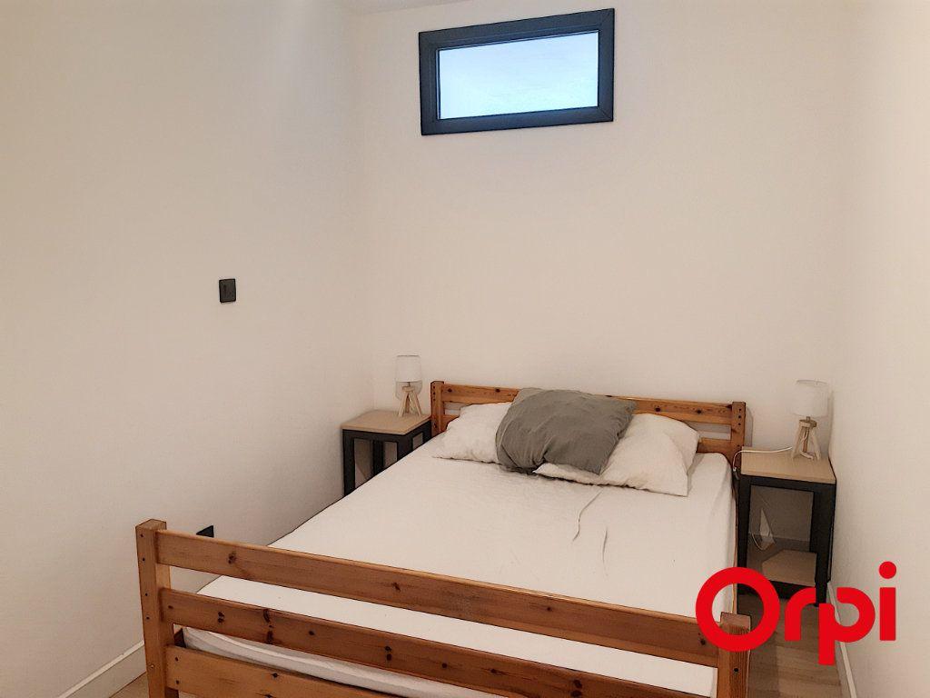 Appartement à vendre 3 53.28m2 à Sainte-Maxime vignette-4