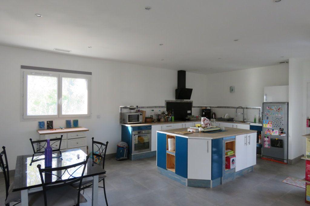 Maison à vendre 4 138m2 à Saint-Élix-le-Château vignette-7