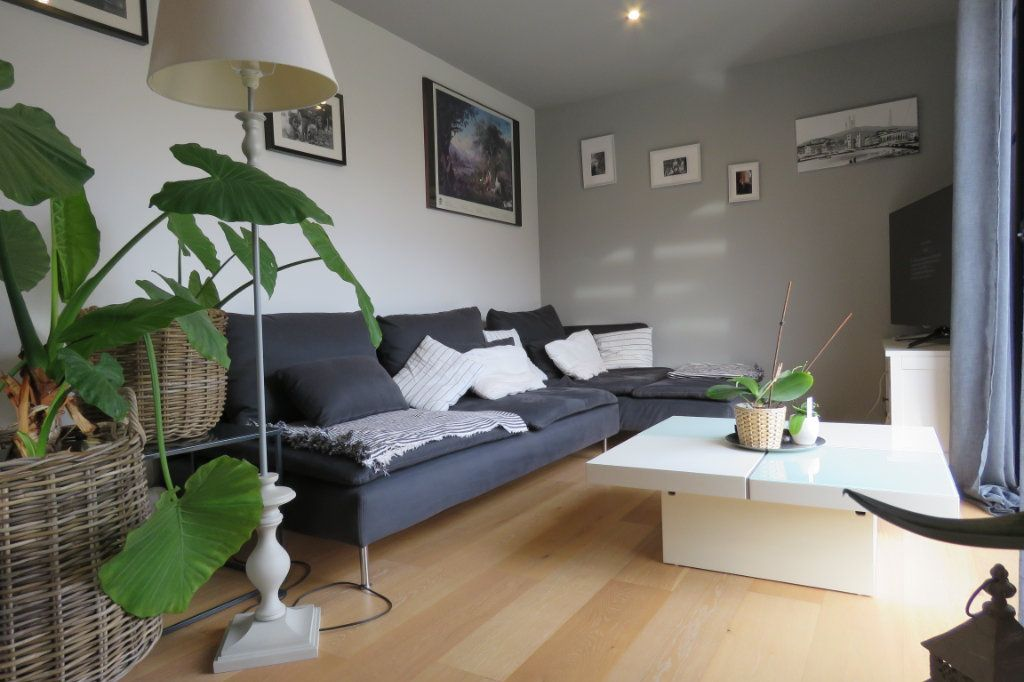 Maison à vendre 4 125m2 à Saint-Sulpice-sur-Lèze vignette-1