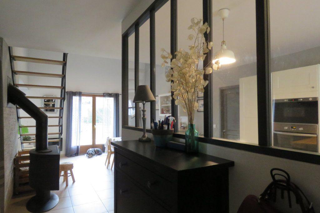 Maison à vendre 4 125m2 à Saint-Sulpice-sur-Lèze vignette-2