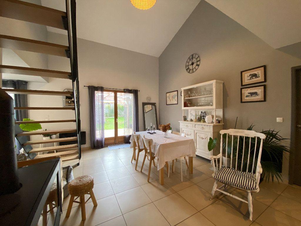 Maison à vendre 4 125m2 à Saint-Sulpice-sur-Lèze vignette-4
