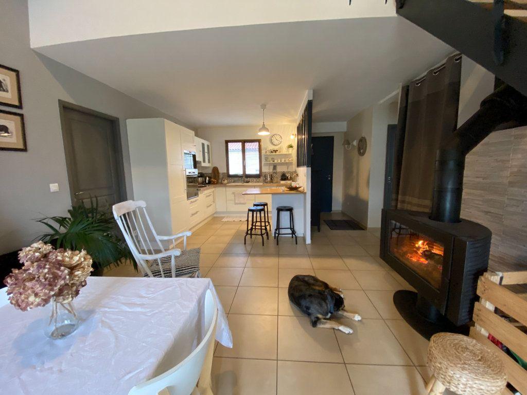Maison à vendre 4 125m2 à Saint-Sulpice-sur-Lèze vignette-5