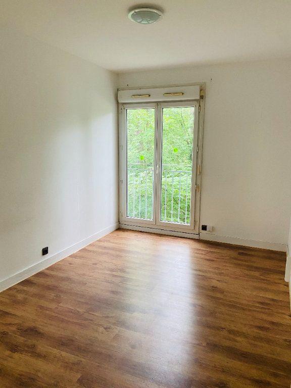 Appartement à louer 4 60.66m2 à Tremblay-en-France vignette-5
