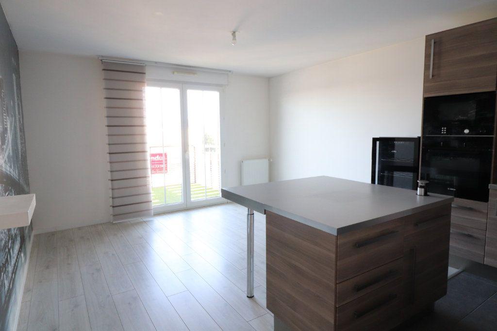 Appartement à vendre 3 64.79m2 à Juvisy-sur-Orge vignette-1