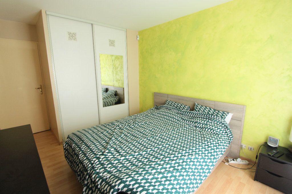 Appartement à vendre 3 64m2 à Sainte-Geneviève-des-Bois vignette-5