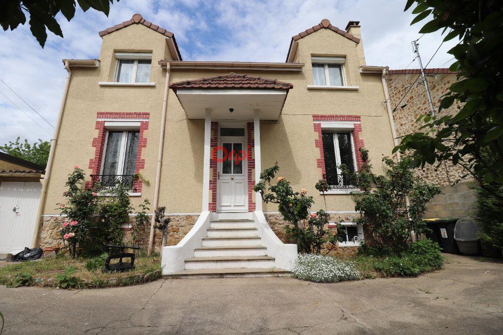 Maison à vendre 5 117m2 à Athis-Mons vignette-1