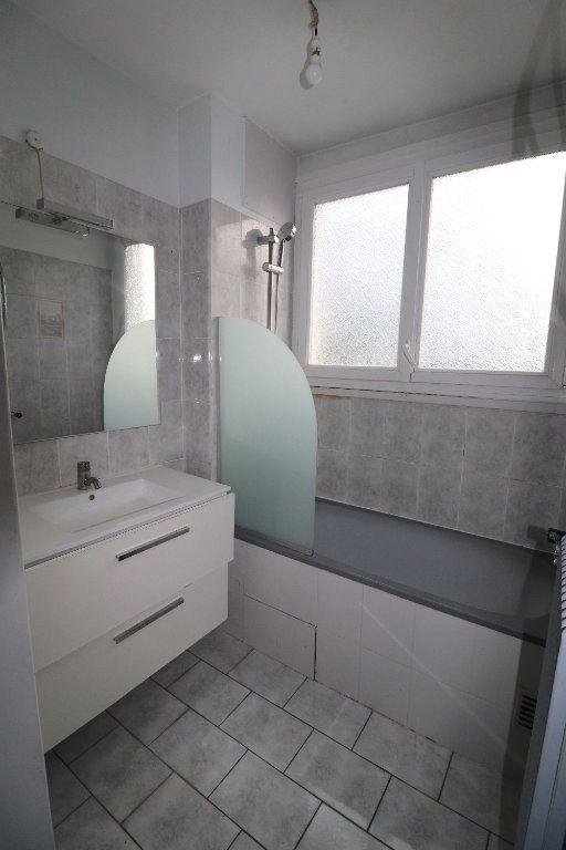 Appartement à vendre 3 57.64m2 à Viry-Châtillon vignette-5