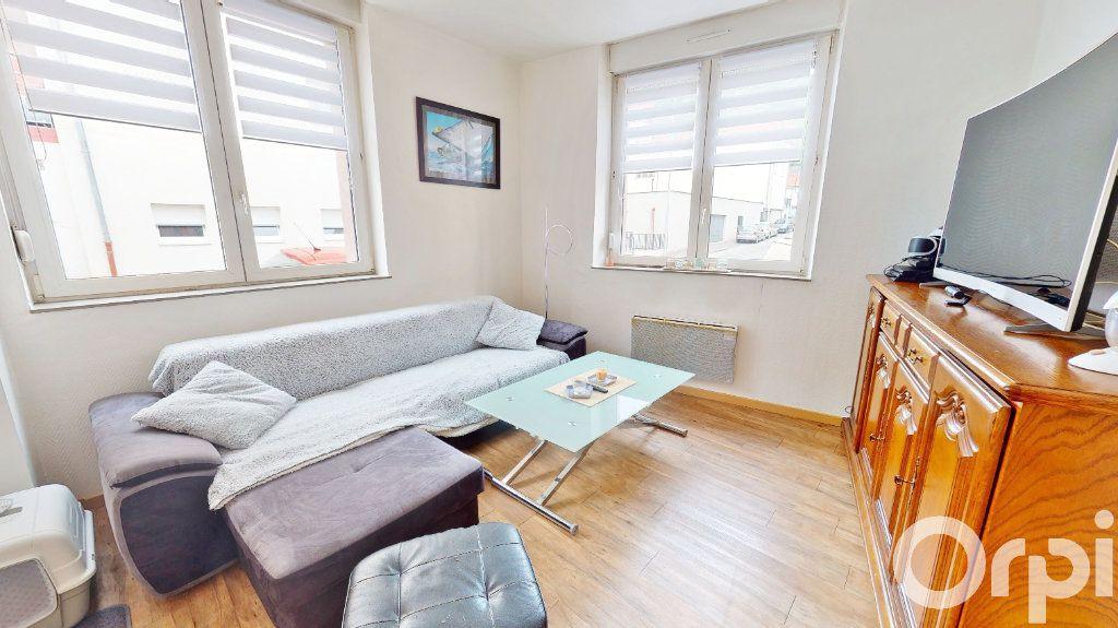Appartement à louer 2 49m2 à Longwy vignette-1
