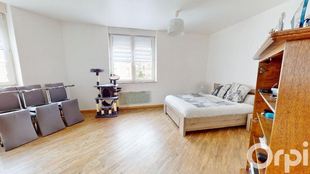 Appartement à louer 2 49m2 à Longwy vignette-3