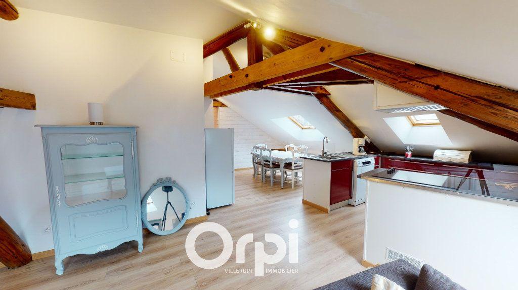 Appartement à louer 3 44m2 à Longwy vignette-3