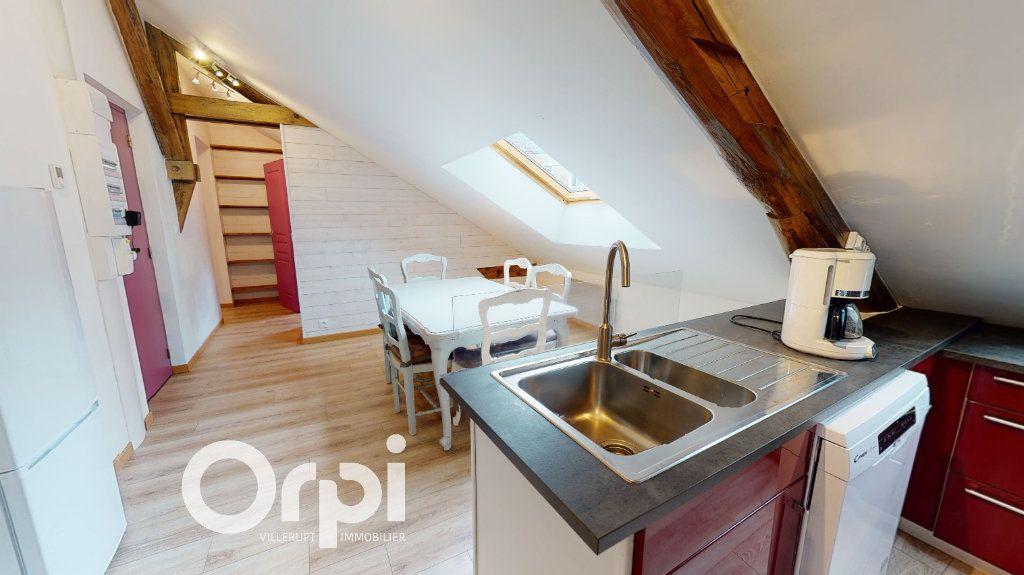 Appartement à louer 3 44m2 à Longwy vignette-4