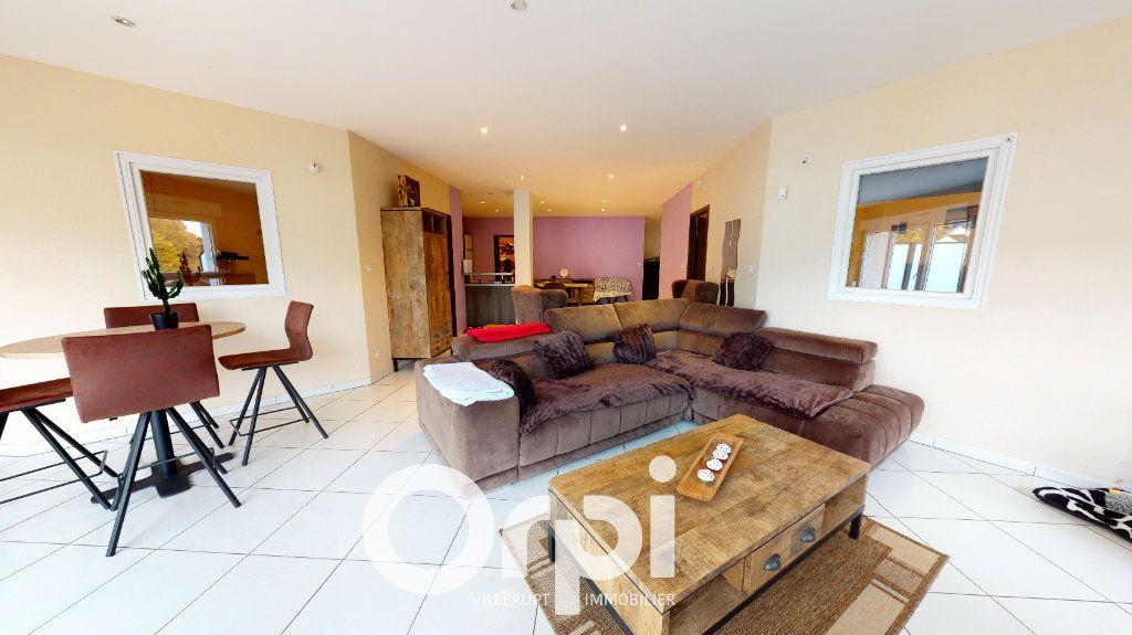 Appartement à vendre 4 120m2 à Villerupt vignette-3