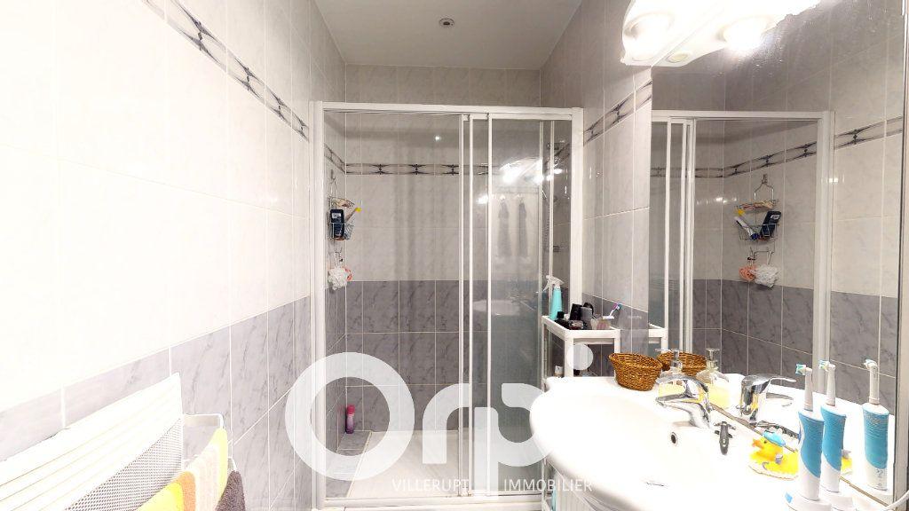 Appartement à vendre 4 120m2 à Villerupt vignette-6