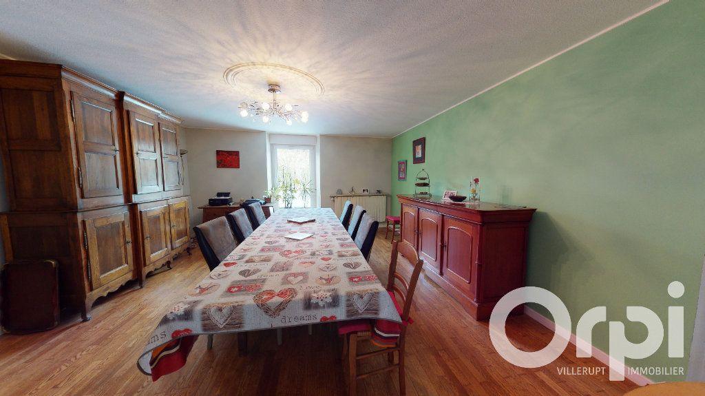 Maison à vendre 8 260m2 à Fillières vignette-3