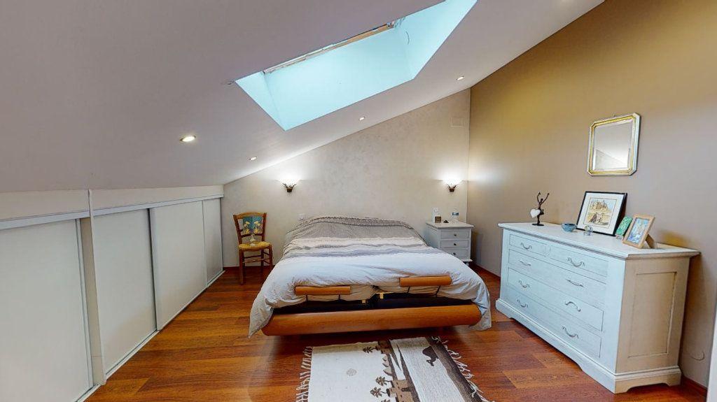 Maison à vendre 8 260m2 à Fillières vignette-5